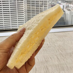 都庁第一本庁舎32階職員食堂 - 三色サンド値引後210円
