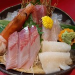 魚料理の店 鮮魚まるふく - 刺身5点盛り