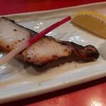 魚料理の店 鮮魚まるふく - さわらの塩麴焼き