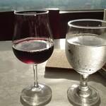 ぶどうの丘 展望ワインレストラン - GI山梨ワイン800円→400円(税抜)おかわりしたけどベリーA