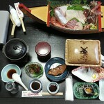 りぞうと旅館 宿かり - 料理写真:夕食