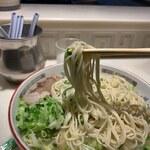 こむらさき - 麺