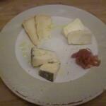 133564578 - チーズ3種盛合せ