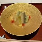 Kigaruniwashokuhana - 鮎の酒蒸し、冬瓜、マイクロトマト