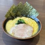横浜家系ラーメン おばら家 - 料理写真:ラーメン700円