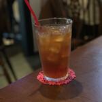 マナーハウス モトヤマ - ドリンク写真:アイスクリームキャラメルティー