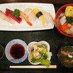 丸喜寿司 - 料理写真: