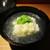 もと井 - 料理写真:椀物:大将が すぐ目の前で骨切りされた鱧に 葛打ちをして、カウンター奥側の鍋で炊かれています。 鍋から取り出された鱧は、白い花が咲いたようで なんと美味しいことォ!     2020.07.18