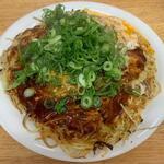 いっちゃん - 料理写真:肉玉そばW(ネギトッピング)