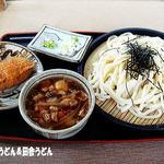 めん処 阿智川 - 料理写真:肉汁うどん+お稲荷さん