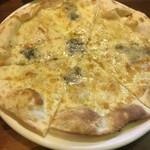 トラットリア要 - チーズピザ