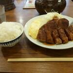 133594111 - トンテキ定食