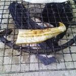 浜の駅ふらっと - サービスで頂いた秋刀魚のハラス