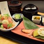 おまかせ会席 漣 - サーモン西京焼 旬の刺身盛り合せ膳