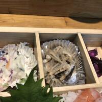 魚河岸割烹 鮮-ポテサラとエノキ