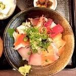 133632369 - 海鮮丼 ご飯大盛り