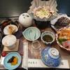 国賀荘 - 料理写真:コロナ対策で、二人横並びでした。