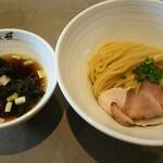 麺屋 しん道 - 料理写真:つけそば800円