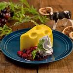 梅田テラス - チーズ屋さんの穴あきチーズケーキ