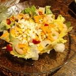 寧々家 - 鶏ささみとアボガドのコブサラダ(税込724円)