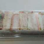 ポンパドウル - サンドイッチ