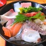 133681790 - 海鮮丼1200円