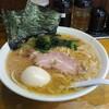 らーめん 喜輪 - 料理写真:ラーメン700円+味玉60円