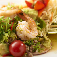タイの食卓 オールドタイランド - 美肌サラダ、ヤム・アボカド!!