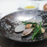 カーザデッラマンテ - 三重産・天然ヒラメのソテー 地蛤のソース☆