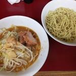 ラーメン二郎 - 料理写真:【限定】青じそつけ麺ニンニクアブラ 770+150円