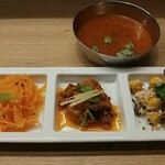 エリックサウス 高円寺カレー&ビリヤニセンター - 炊き待ちセットです