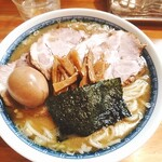 自家製中華そば としおか - 新・塩ラーメン玉子(並盛り)+トッピングチャーシュー(小)
