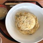 美野雲飯店 - ウニチャーハン¥1100