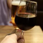 焼肉ホルモン 青一 - 赤ワインで乾杯
