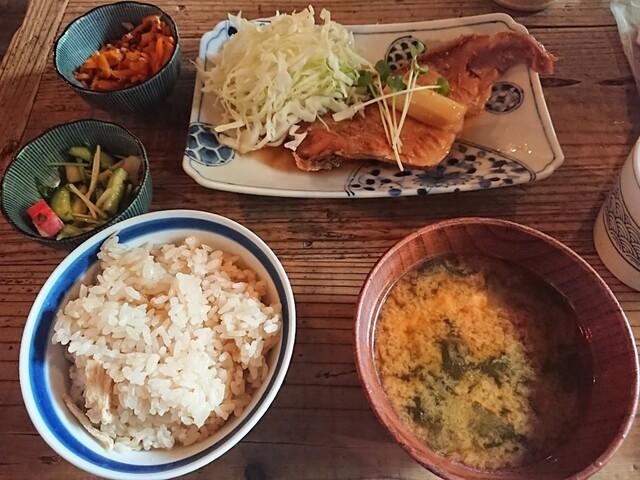 中町食堂の料理の写真