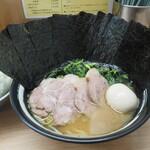 武蔵家 - 料理写真:特上ラーメン並1000円