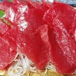 コープみらい - 料理写真:チュニジア本まぐろ切り落とし980円が半額(税抜き:以下同)