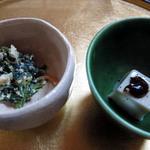うなぎ割烹 きょう豊 - 小鉢~ほうれん草白和え、ごま豆腐