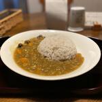 カフェ まほろば - 料理写真:鶏ミンチ和風カレー