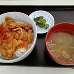nikkouguchipa-kingueriakudaribaiteninshokuko-na- - 辛みそ豚カルビ丼です。(2020年7月)