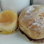 シェフ ナカギリ - シューアラクレーム130円とミニチーズケーキ