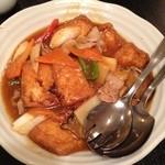 古宮 - 揚げ豆腐の煮込み