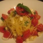タイーム - 2012・6・11 フルーツトマトとモツァレアの冷製パスタ