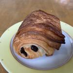 パリゼット - パン オ ショコラ 235円