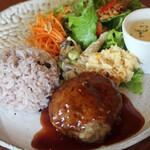 ホトリテイ - 長萩黒毛和牛ハンバーグプレート(ワインソース)