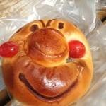 パン工房 ポム・ド・テール - キャラクターパン