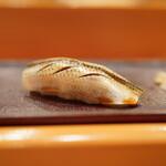 鮨 江なみ - 料理写真:小鰭