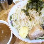デカ盛り戦隊 豚レンジャー - <参考>つけ麺(中盛)+ヤサイニンニク