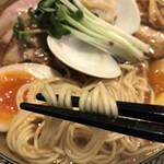 Ramen611 - パツっと歯切れ良い中細麺