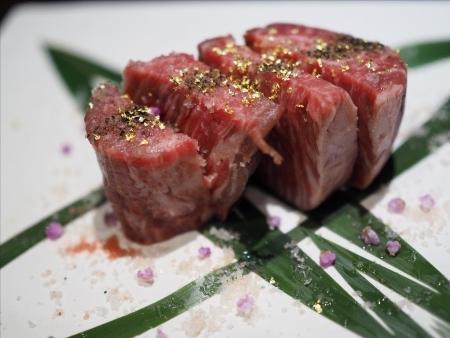 最高級A5神戸牛専門店 新宿 牛龍の料理の写真